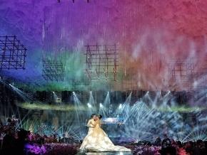 The Grand Wedding Willi Puspa @puspatang @willipuspawedding . . Decor @galaxy_decoration  Catering @s2banquet premium Video @redcarpetpicture  Photo @_isamare_  Cake @yani_cake Gown @yeftagunawan  MUA @susykleo  Lighting designer @yoni_wijoyo Lighting @thunder_production Music by Mahkota Orchestra MC @ivan_gunawan @lenalo17  Dancer @dancebyfreedomworks Special effect @balonbunga 180°Photobooth @friendsphotovideo . . .  Guest Stars 🌟  @krisdayantilemos @princessyahrini  @mariasmrngkr  @ikmaltobing . . Organized by : @mahkotaenterprise . . 📸 Picture by : @friendsphotovideo  #mahkotaeo #grandwedding #weddingday #grandfamily #weddingparty #willipuspa #willipuspawedding #weddinginspiration #semarangwedding #semarangweddingvendor  #inspirasipernikahan #wedding2018 #weddingsemarang  #weddingku #thebridestory #weddingavenue #friendsphotovideo