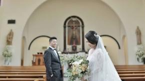"""When I first met you, I never knew you were going to be so important to me""  Courtesy of Brian Gisel .  #bride @giselameylita  #groom @sheirs  #gown @larosebridal  #mua @evelynchris_  #photovideo @friendsphotovideo Organized @luckystar_wedding . .  #weddingku #thebridestory #weddingparty #weddingday #weddingsemarang #vendorweddingsemarang #weddingphoto #friendsphotovideo"