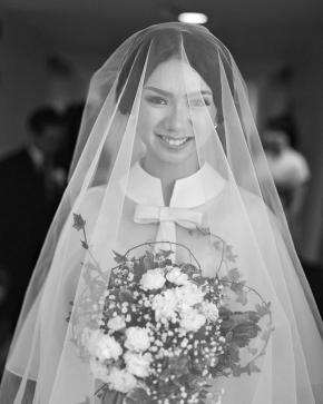 """No words can explain the way i love you…"" . . Courtesy of Renaldi & dr.Melisa . . #mua @susanbridalsemarang #photovideo @friendsphotovideo Stylish by @@styledbyedoleonard @edoleonarrd Organized @berlianeventorganizer_beo . . #weddingku #thebridestory #weddingparty #weddingday #weddingsemarang #weddinginspiration #vendorweddingsemarang #weddingphoto #weddingphotograpy #weddingclip #friendsphotovideo"