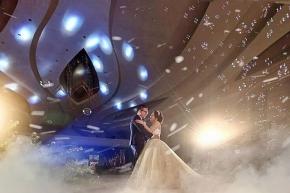 When the clock ticking slowly. . . Courtesy of Yuanto Sari @sariputri_j @yntwbsn . #brideandgroom#bride#groom #bridestory#weddinginspiration #weddingku #thebridestory #weddingphotography #photoprewedding #wedding #preweddingphotographer #preweddinginspiration  #preweddingidea #weddinginspiration #semarangphotography #jakartaphotographer #surabayaphotographer #baliphotographer #baliwedding #vendorwedding #jakartawedding #friendsphotovideo