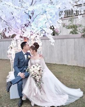 That ultimate feeling… . . Courtesy of Bowo Seli @pinoxxio @seliejesselyn Mua : @atikliekuang Gown : @andhitasiswandi . .  #brideandgroom#bride#groom #bridestory#weddinginspiration #weddingku #thebridestory #weddingphotography #photoprewedding #wedding #vendorweddingsemarang #preweddingphotographer #preweddinginspiration  #preweddingidea #weddinginspiration #semarangphotography #jakartaphotographer #surabayaphotographer #baliphotographer #baliwedding #vendorwedding #jakartawedding #friendsphotovideo