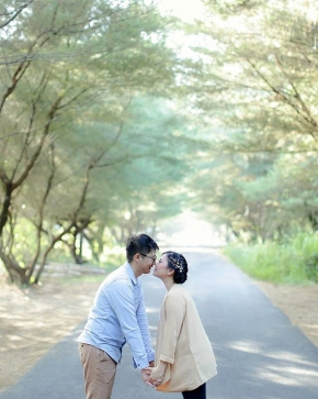 """My love for you is a journey, Starting at forever and ending at never""  Courtesy of David Siska @david_adtya @siska.lia . . #weddingku #thebridestory #weddingphotography #photoprewedding #wedding #vendorphotography #vendorweddingsemarang #vendorsemarang #preweddingphotographer #preweddinginspiration  #preweddingidea #weddinginspiration #semarangphotography #jakartaphotographer #surabayaphotographer #baliphotographer #baliwedding #vendorwedding #jakartawedding #friendsphotovideo"